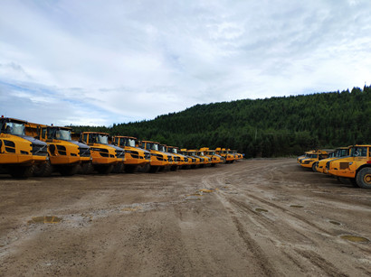 云南磷化集团矿山运输卡车
